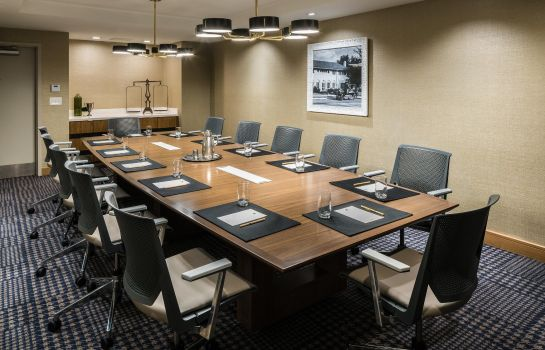 Conference room DoubleTree by Hilton Gainesville
