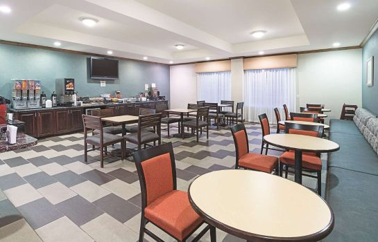 Restaurante La Quinta Inn and Suites Glen Rose