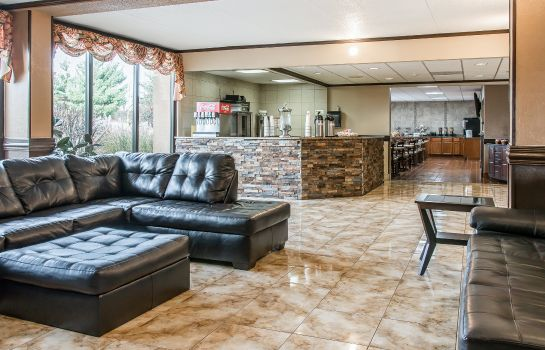 Lobby Clarion Inn and Suites Airport Clarion Inn and Suites Airport