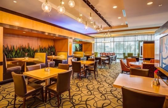 Restaurant Embassy Suites by Hilton Houston Energy Corridor