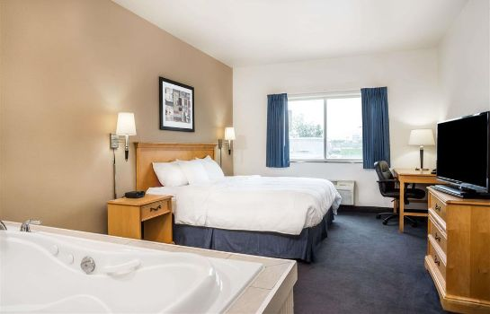 Suite Baymont by Wyndham Indianapolis Northeast Baymont by Wyndham Indianapolis Northeast