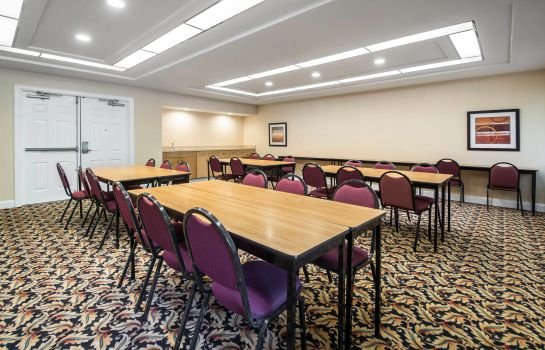 Conference room Quality Inn & Suites Jacksonville