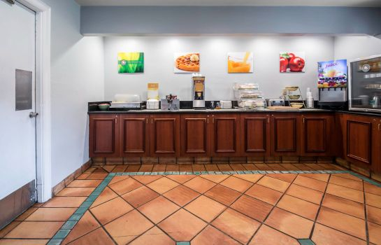 Information Quality Inn & Suites Jacksonville