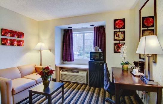 Info Jacksonville Plaza Hotel & Suites Airport