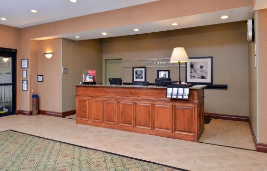 Hotelhalle Hampton Inn Kansas City-Near Worlds of Fun