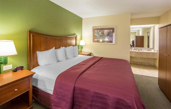 Suite Quality Inn Merchants Drive