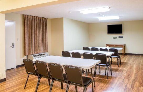 Conference room Quality Inn Merchants Drive