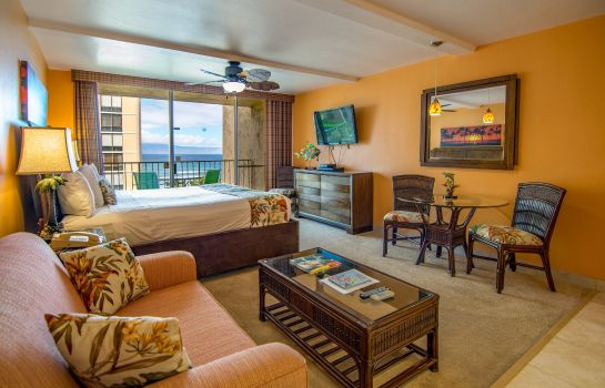 Camera Royal Kahana Maui by Outrigger