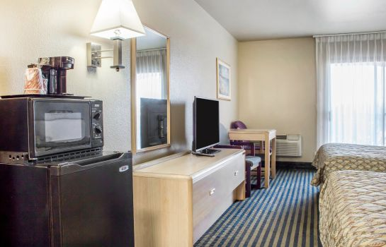 Habitación Rodeway Inn & Suites Lake Havasu City