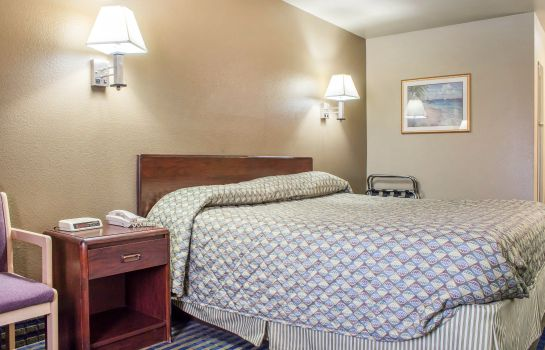 Zimmer Rodeway Inn & Suites Lake Havasu City