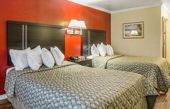 Camera Rodeway Inn and Suites Lake Havasu City