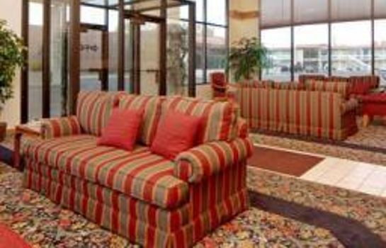 Lobby Days Inn and Suites Logan