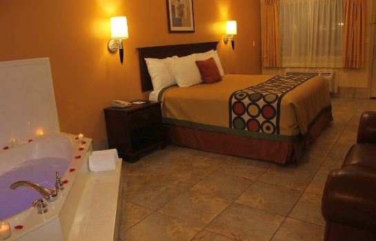 Jaccuzi Texas Inn and Suites McAllen