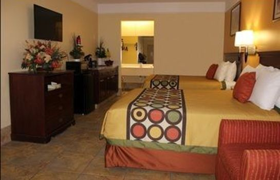 Keuken in de kamer Texas Inn and Suites McAllen