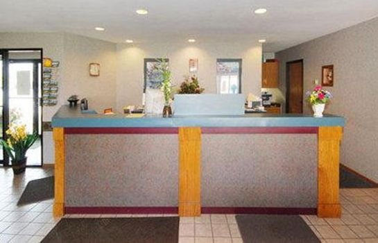 Hall Econo Lodge  Inn & Suites