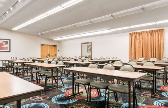 Conference room Quality Inn & Suites Miamisburg