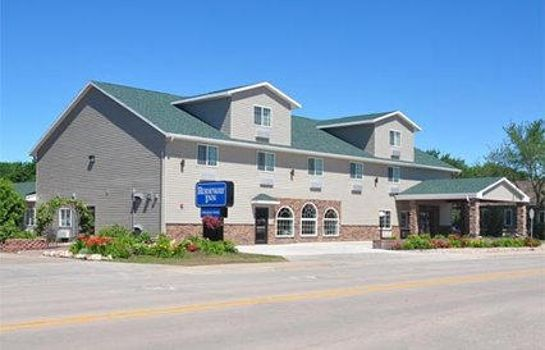 Vista exterior Rodeway Inn & Suites near Okoboji Lake