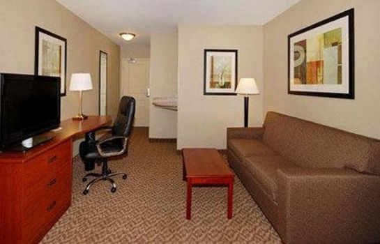 Suite Sleep Inn & Suites Airport