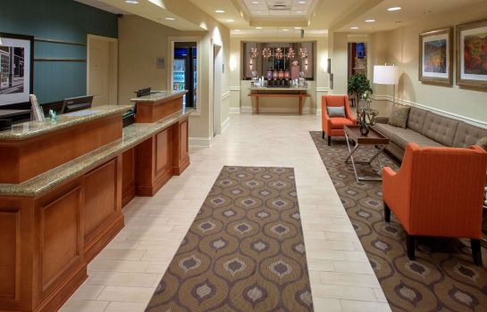 Hall Hampton Inn - Suites Mobile I-65* Airport Blvd