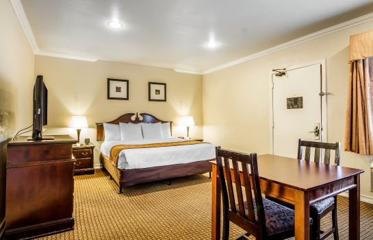 Zimmer Comfort Inn Monterey by the Sea