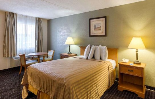 Camera Rodeway Inn & Suites New Orleans East Area