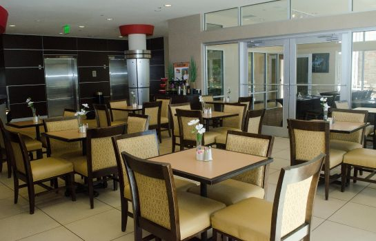 Restaurant DoubleTree by Hilton Oklahoma City Airport