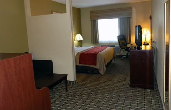 Suite Quality Inn & Suites Olathe - Kansas City