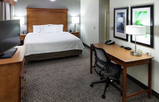 Zimmer Homewood Suites by Hilton Omaha-Downtown