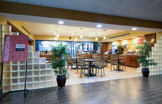Restaurant Comfort Inn and Suites Perry
