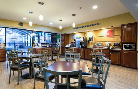 Restaurante Comfort Inn & Suites Perry