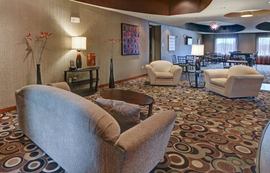 Hotelhal Comfort Suites Near Northeast Mall