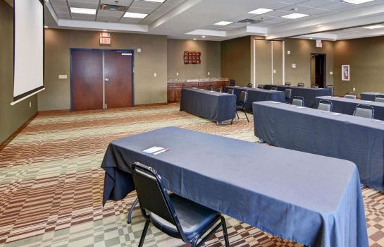 Sala de reuniones Comfort Suites Near Northeast Mall