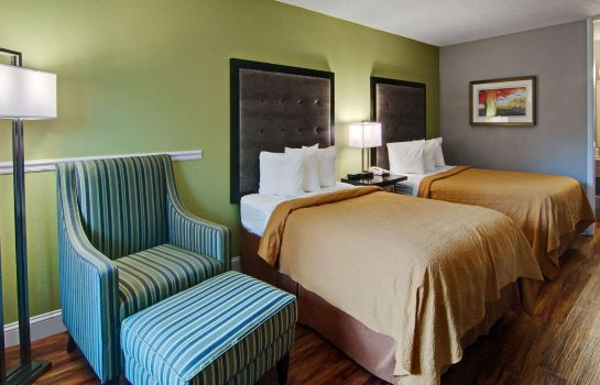 Double room (superior) Quality Inn Roanoke Airport