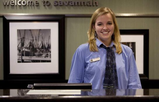 Außenansicht Hampton Inn and Suites Savannah-Airport