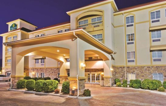 Vista exterior La Quinta Inn and Suites Schertz