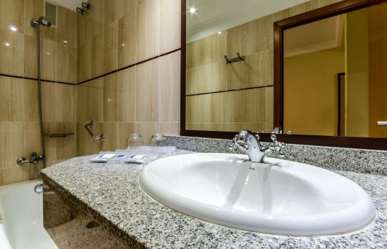 Bathroom Alisios Canteras