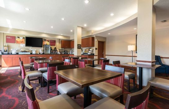 Restaurant Comfort Suites Tampa Airport North