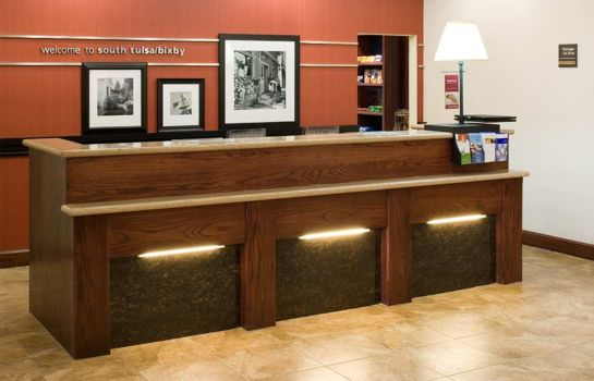 Hotelhalle Hampton Inn - Suites Tulsa South-Bixby