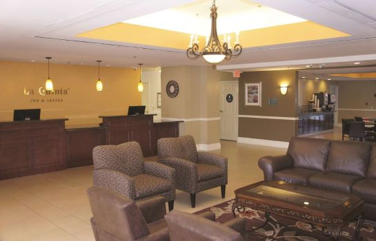 Hall La Quinta Inn Ste Visalia Sequoia Gatewy