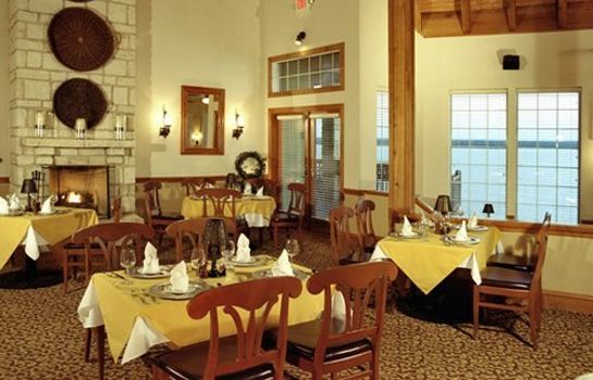 Restaurant White Bluff Resort