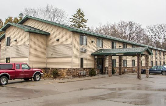 Vista exterior Quality Inn and Suites Marinette