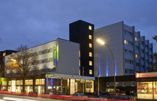 Außenansicht Holiday Inn Express HAMBURG CITY CENTRE