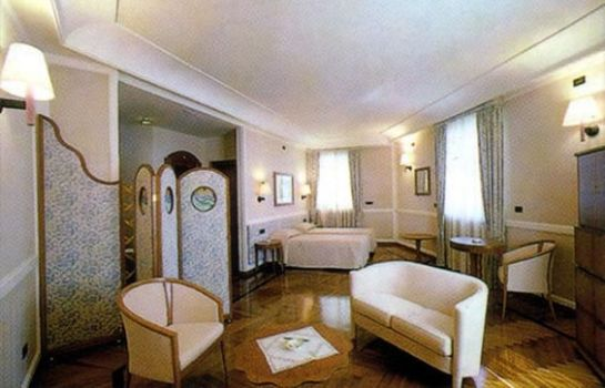 Suite Grand Hotel Ortigia