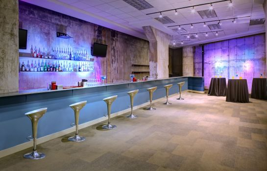Restaurant Aloft Dallas Downtown