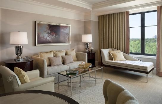 Zimmer The St. Regis Atlanta