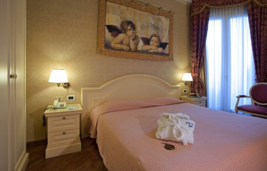 Single room (superior) Terme Roma