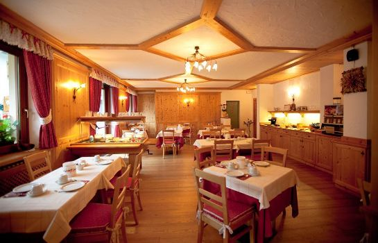 Breakfast room Hotel La Vallee Blanche