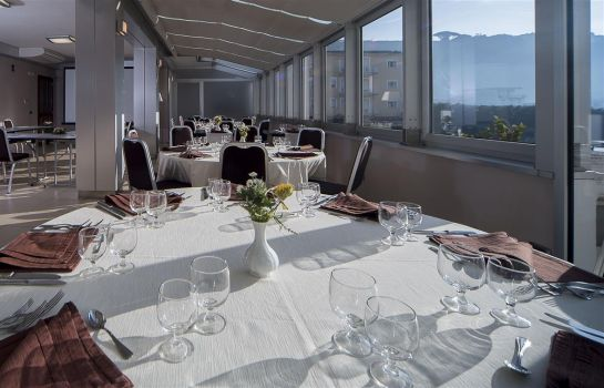 Restaurant Suites & Residence