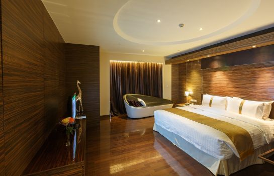 Suite Holiday Inn SHANGHAI HONGQIAO WEST