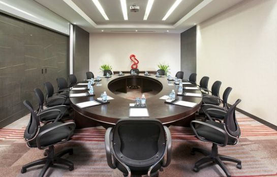 Conference room Holiday Inn SHANGHAI HONGQIAO WEST